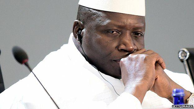 DIRECT - ça chauffe en Gambie: l'opposition proteste sur l'avenue Kairaba, la police et l'armée tirent