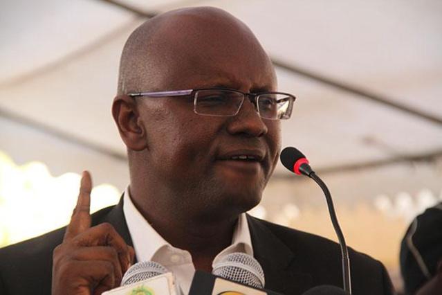 PA – Stade municipal : Moussa SY jette une pierre dans le jardin du «gouvernement»