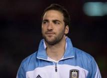 Naples : le père d'Higuain accuse la Juve...