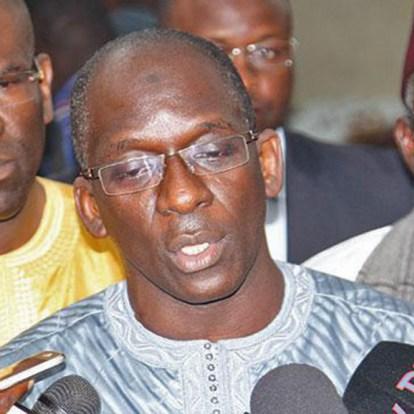 Cumul de fonctions : Diouf Sarr accentue la traque, six élus révoqués après Aida Mbodj
