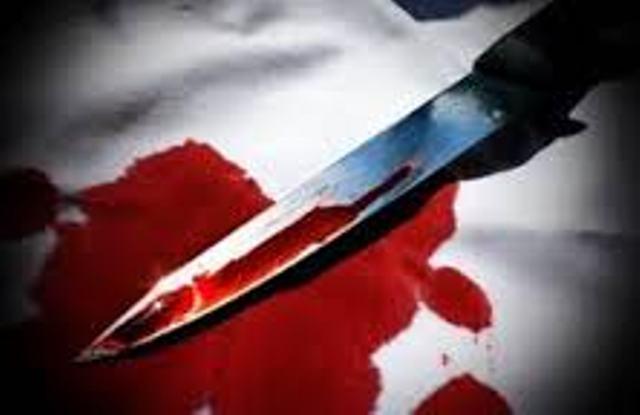 Drame familial à Louga : un déficient mental poignarde sa mère et sa belle sœur