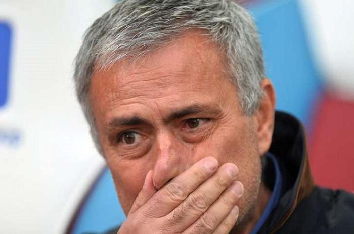 Manchester United : Mourinho crée déjà des dissensions en interne
