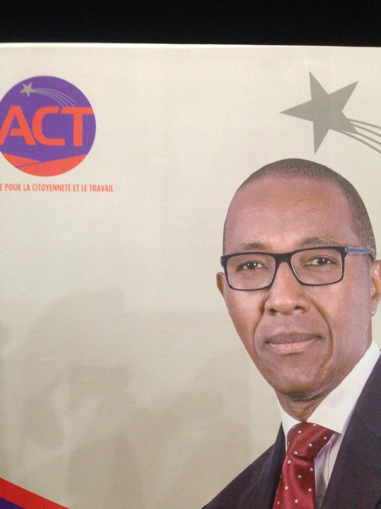 Direct conférence de presse: Abdoul Mbaye lance l'Alliance pour la Citoyenneté et le Travail (ACT)