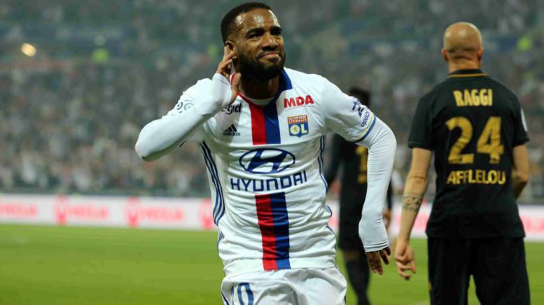 OL : la mise au point de Lacazette sur son avenir