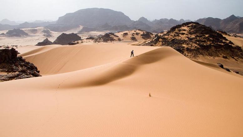 Le Sahara, l'autre tombeau naturel des migrants