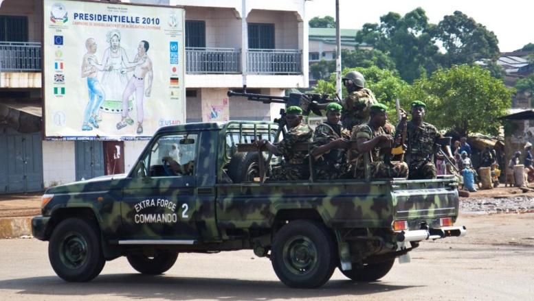 Guinée: vive tension dans la ville de Mali entre la population et les militaires