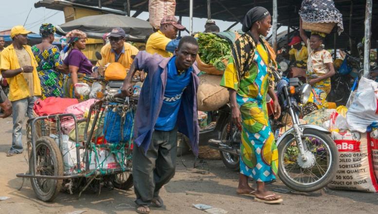 Le Nigeria dévalue sa monnaie, répercussions sur les marchés béninois