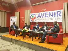 Avenir Senegaal bi nu bëgg : «la libération de Karim Wade est une rupture de l'égalité des citoyens devant la loi»