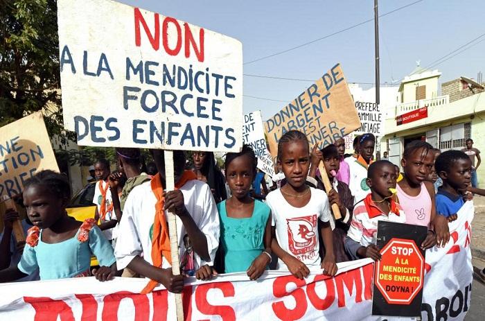 Retrait des enfants de la rue: «l'Etat a mis la charrue avant les bœufs», (Amnesty international)