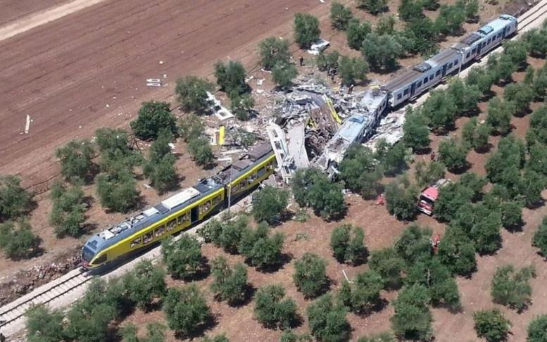 Italie - collision frontale entre deux trains: le bilan s'alourdit, au moins 20 morts et 35 blessés