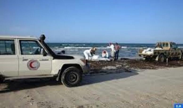 Libye: 87 corps de migrants récupérés sur une plage