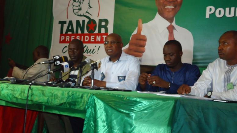 Position en direction des élections législatives: le PS à l'écoute des 27 600 militants à la base