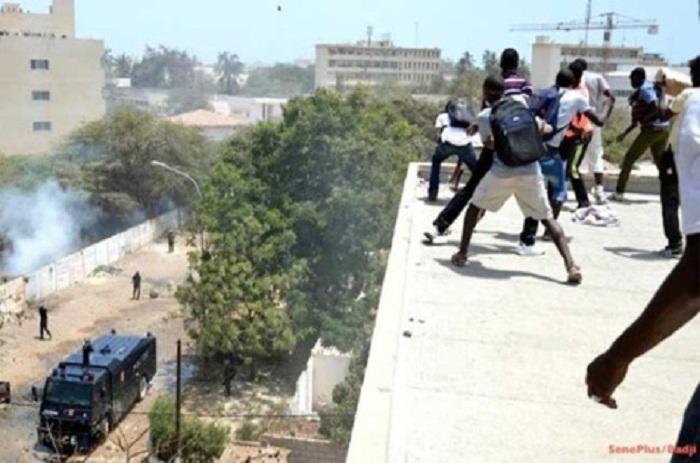 Franchise universitaire: les forces de l'ordre envahissent le campus pédagogique