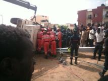 Urgent : Un camion tombe du pont de Nord foire - Le chauffeur coincé à l'intérieur (Images)