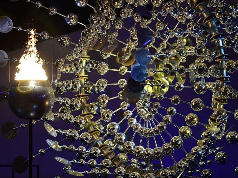EN IMAGES. Cérémonie d'ouverture des JO : la flamme olympique s'est installée à Rio