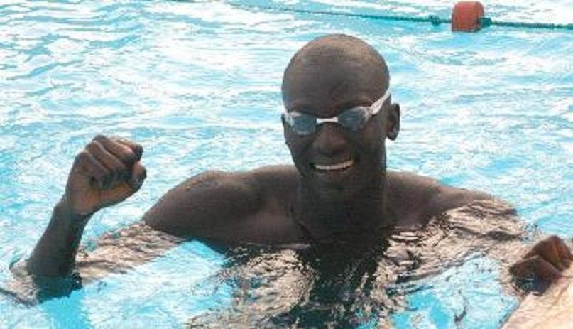 JO Natation 50 m nage libre: Abdou Khadre Mbaye Niane remporte sa série
