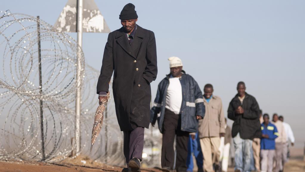Marikana: les conditions de vie des mineurs toujours aussi difficiles