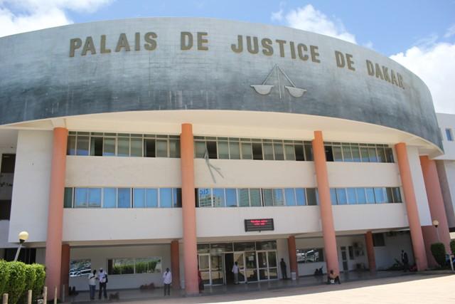 Affaire du policier ripou : Le procureur requiert un an de prison dont 4 mois fermes contre Assane Diallo