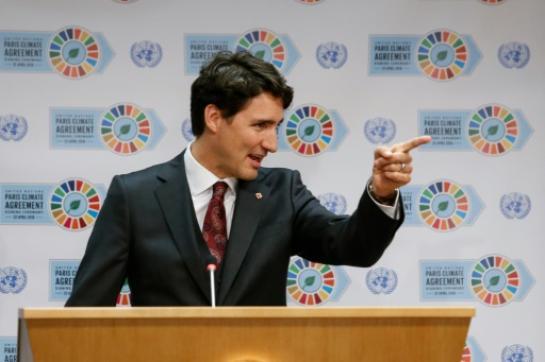 Burkini : le Premier ministre canadien Justin Trudeau défend le droit d'en porter