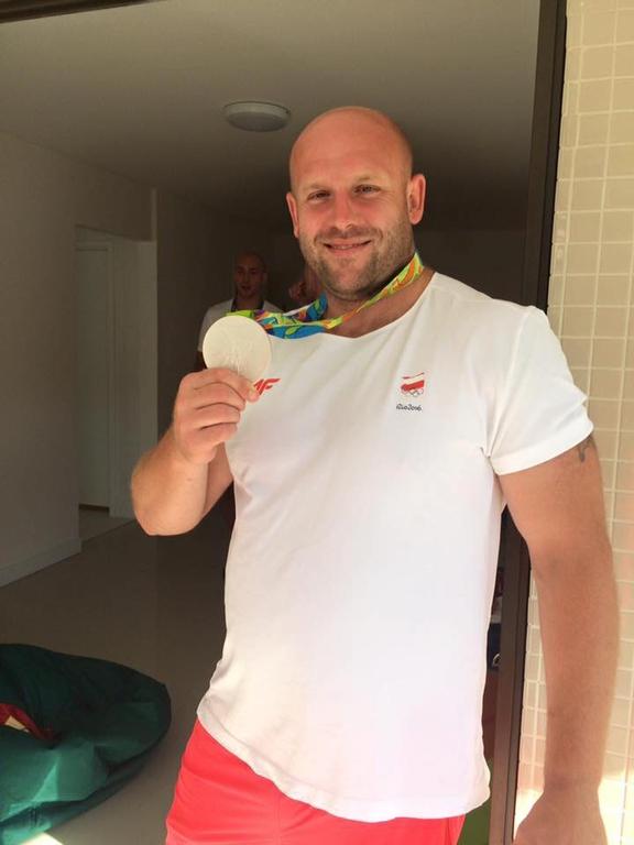 Rio 2016 : il met sa médaille aux enchères pour soigner un enfant atteint d'un cancer