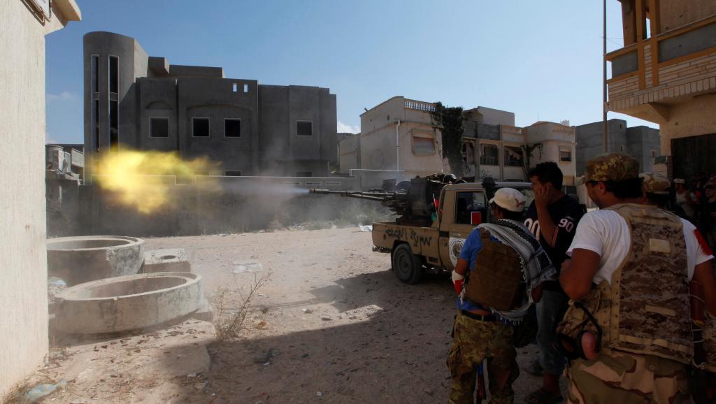 Libye: Syrte à deux quartiers de la libération finale