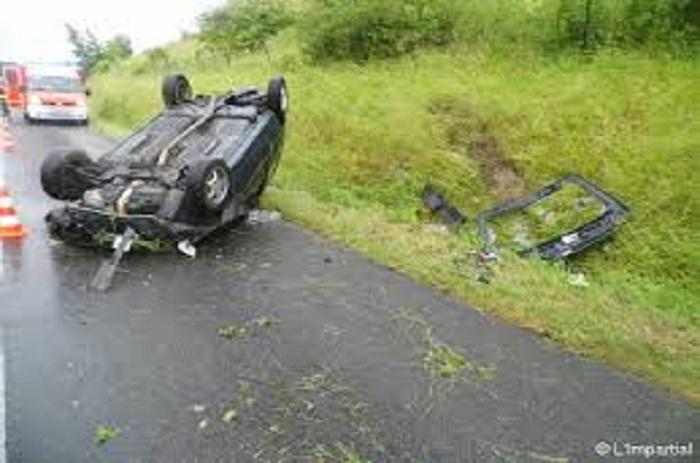 Keur Momar Sarr - Accident: un véhicule du cortège du ministre Moustapha Diop fait des tonneaux, des blessés