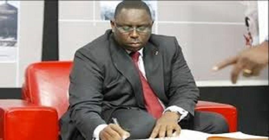 Affaire Ousmane Sonko: le décret présidentiel portant révocation de l'Inspecteur des Impôts et Domaines