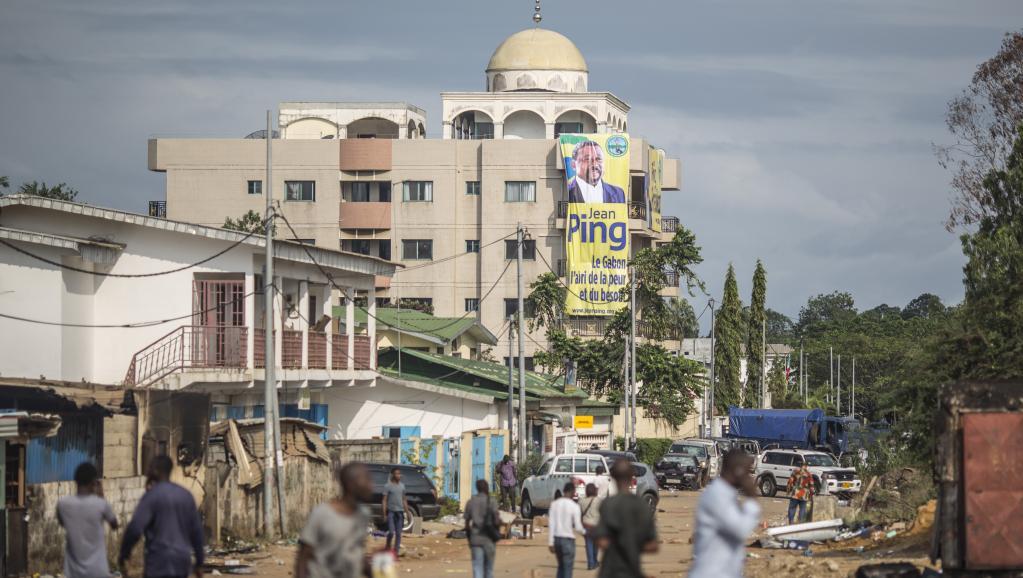 Gabon: 36 heures de calvaire au QG de campagne de Jean Ping