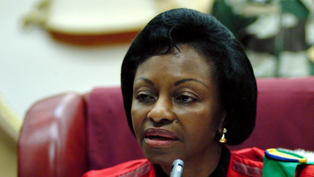 Gabon: Marie-Madeleine Mborantsuo, la dame qui détient les clés de la crise