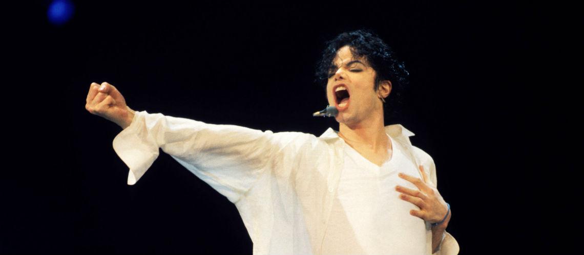 Un chorégraphe accuse les producteurs de Michael Jackson d'avoir facilité les abus sexuels d'enfants