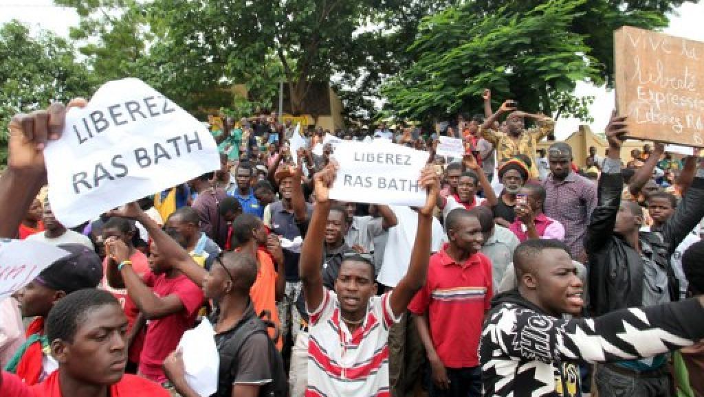 Mali: les avocats de «Ras Bath» demandent la levée totale de son contrôle judiciaire