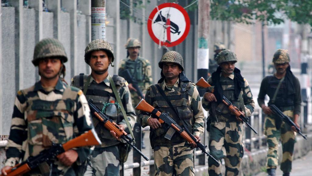 Cachemire: 17 soldats indiens tués dans une attaque contre la base d'Uri