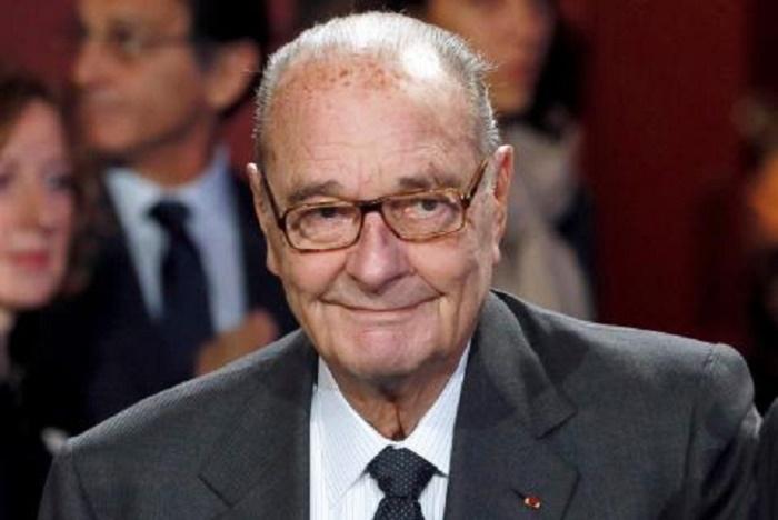 Jacques Chirac hospitalisé: ses proches inquiets