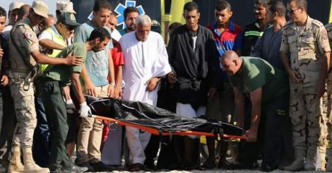 Un bateau fait naufrage en Egypte: au moins 108 morts