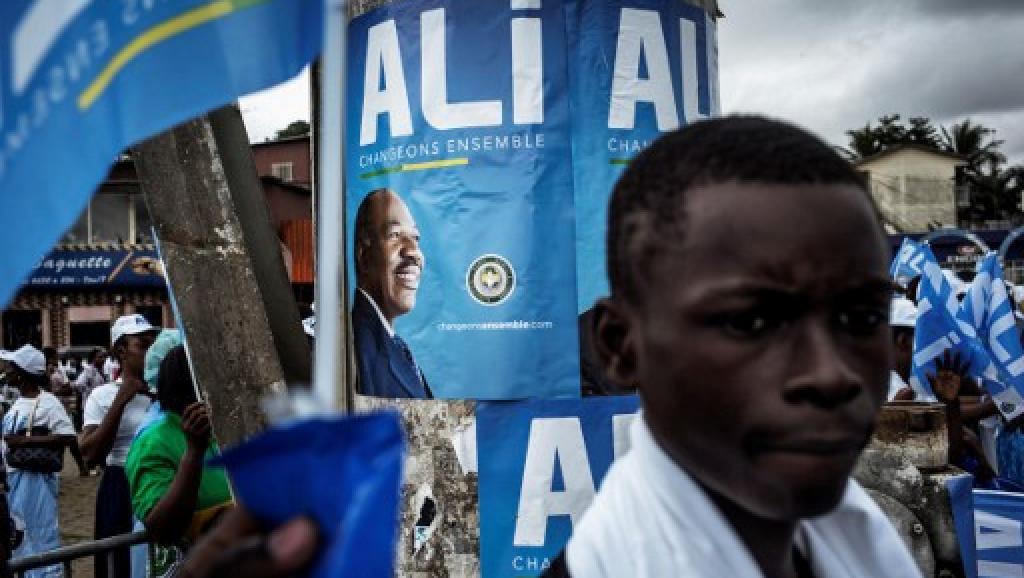 La victoire d'Ali Bongo au Gabon saluée au Cameroun