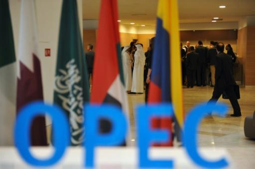 """OPEP: Un accord """"historique"""" trouvé à la surprise générale"""