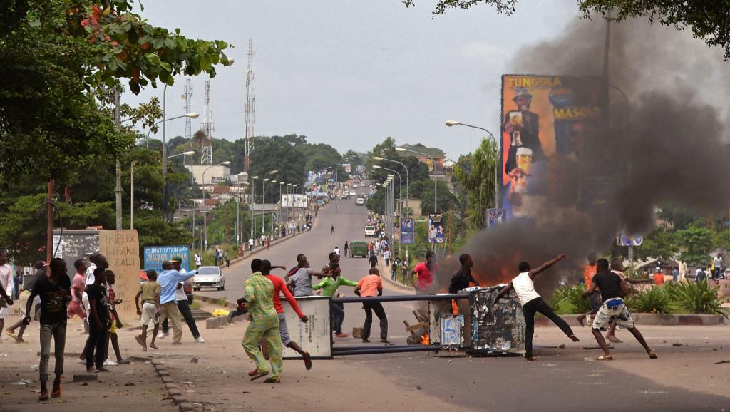 RDC: pour la France, le pays «est au bord de la guerre civile»