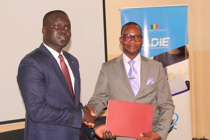 Convention entre DDD et l'Adie : 50 services offerts à la société de transport