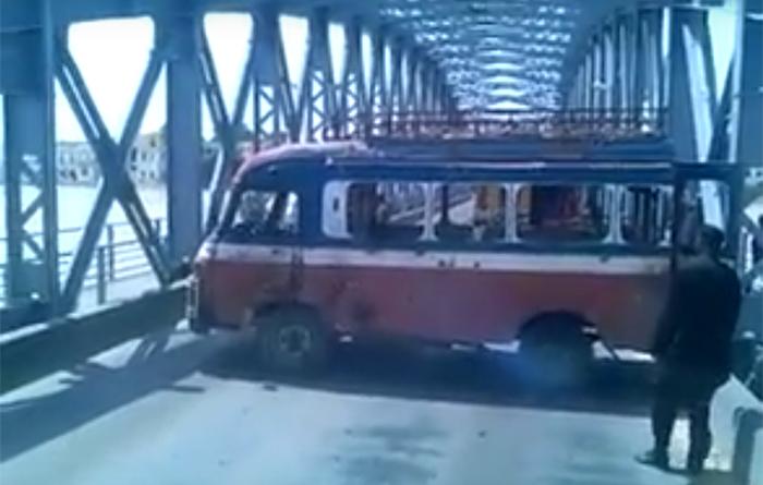 Saint-Louis : demi-tour sur le pont Faidherbe, le chauffeur arrêté et gardé à vue à la police