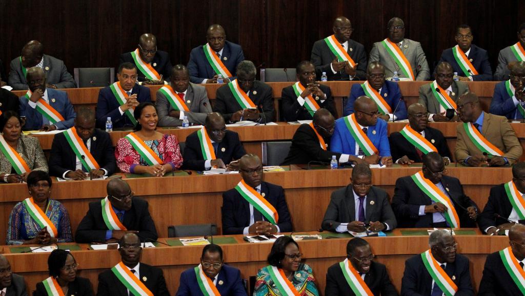 Les députés ivoiriens donnent leur feu vert au projet de nouvelle Constitution
