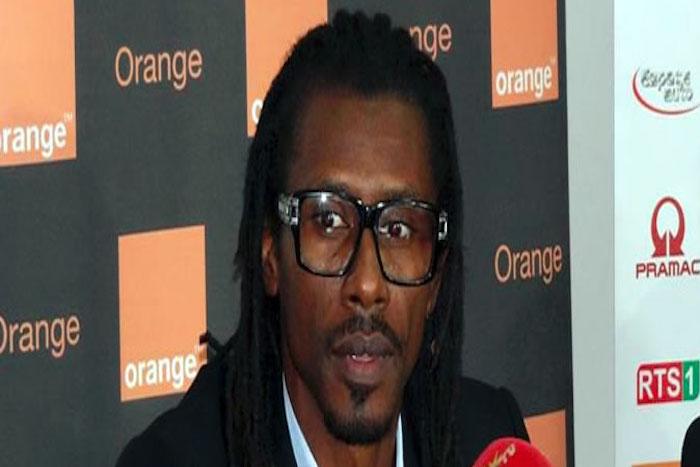 Pour mieux aborder l'Afrique du sud Aliou Cissé disséque le jeu de son équipe