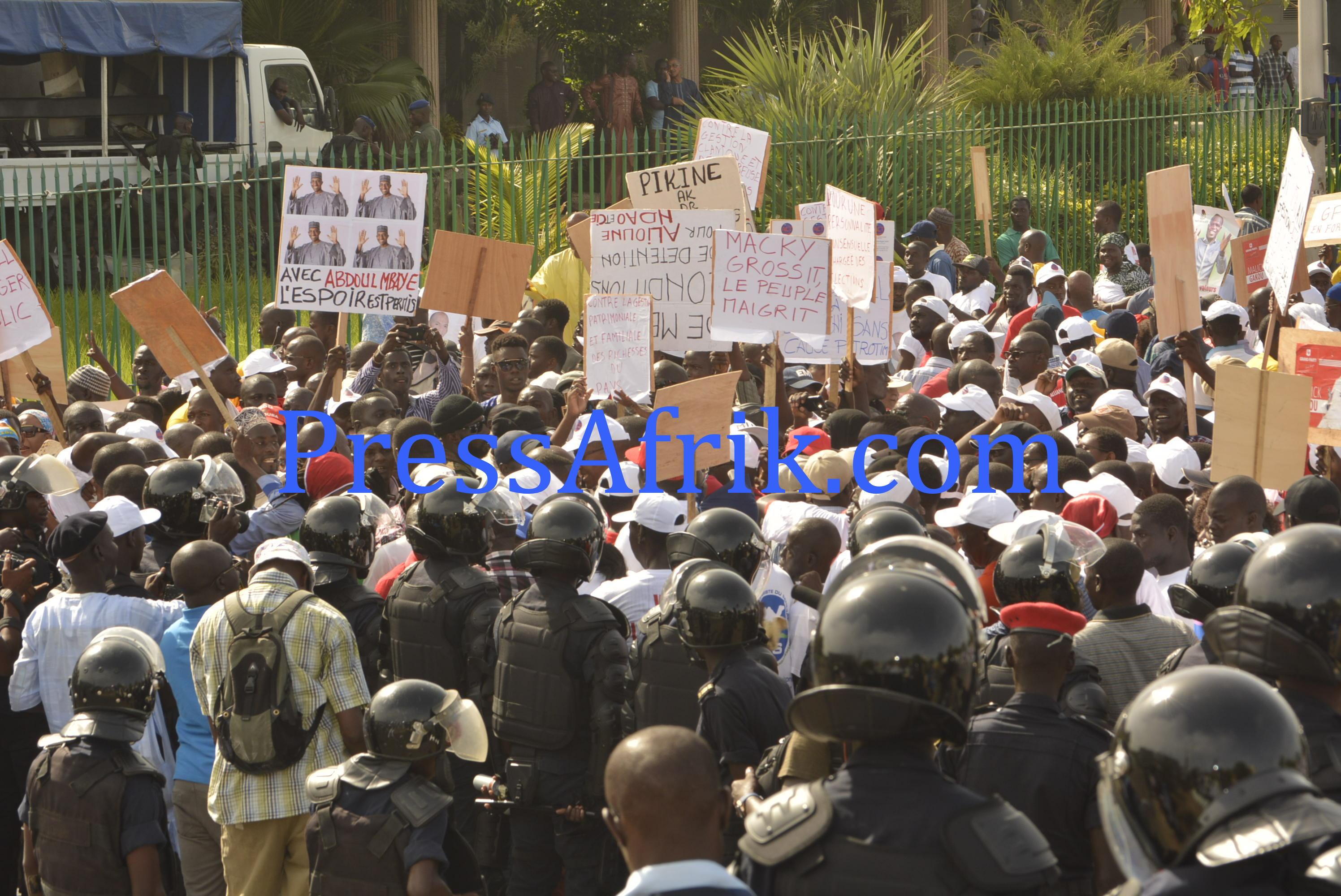 Les images de la mobilisation du Front Wattu Senegaal