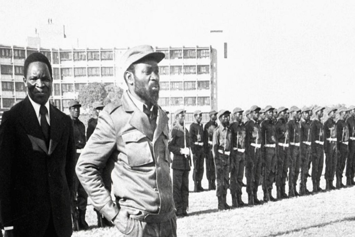 Samora Machel: un «père de l'indépendance» entre marteau et enclume
