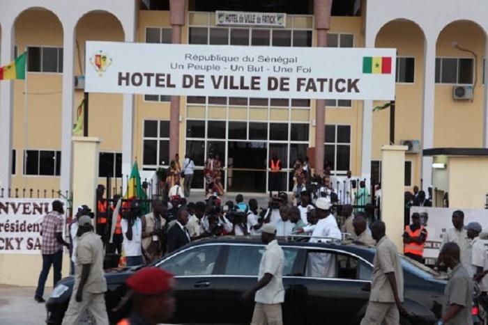 Mairie de Fatick : les agents municipaux menacent de bloquer le fonctionnement de l'état civil