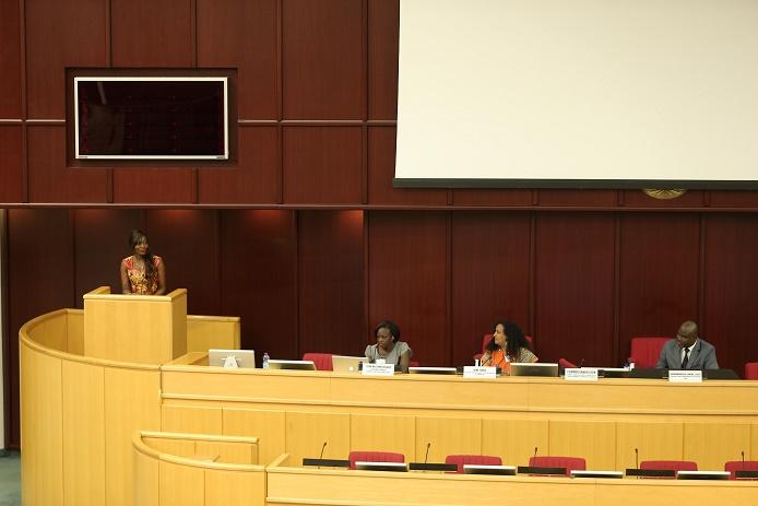 Rôle de la musique et des médias contre les crimes faits aux enfants: Coumba Gawlo disserte devant Graça Machel à Addis Abeba