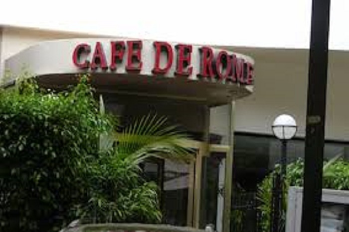 Affaire du Café de Rome: les 11 employés présumés voleurs placés sous mandat de dépôt