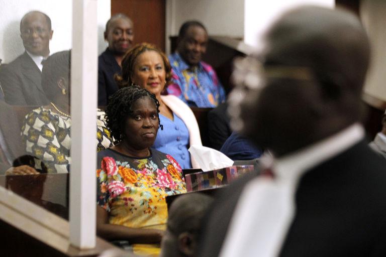 Côte d'Ivoire: le procès de Simone Gbagbo se poursuivra sans elle