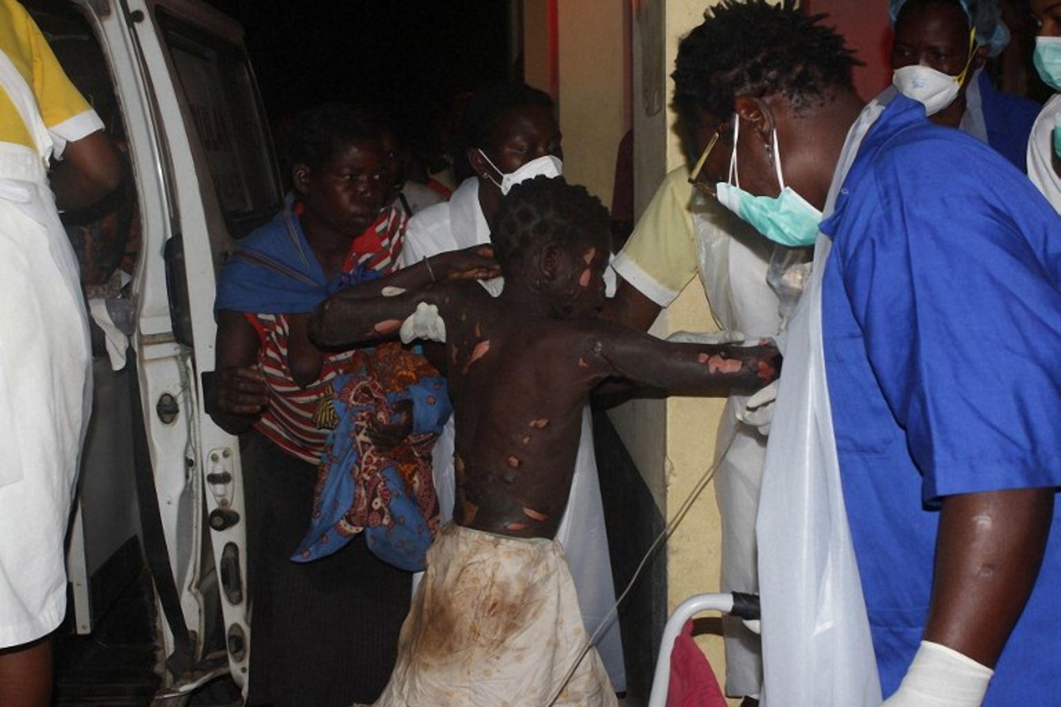 Mozambique : au moins 73 morts dans l'explosion accidentelle d'un camion-citerne.