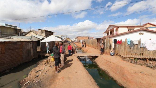 Madagascar : les sans-abris relogés