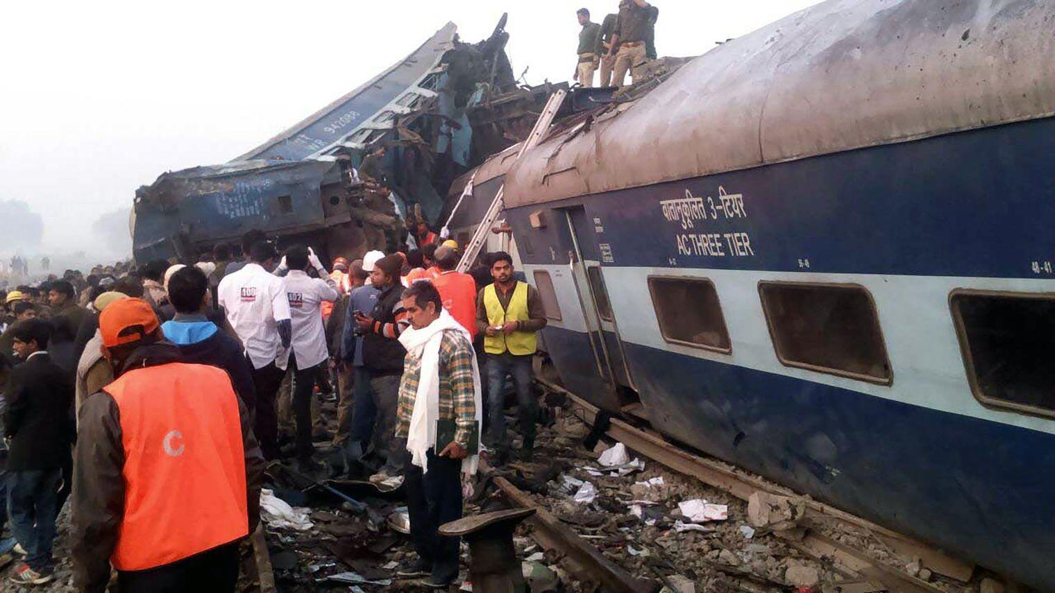 Au moins 100 morts dans un accident de train en Inde